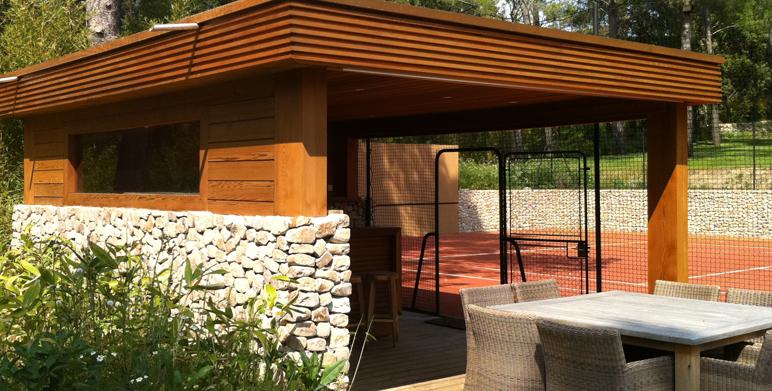 court de tennis pool house architecte paysagiste thomas gentilini cr ation et am nagement. Black Bedroom Furniture Sets. Home Design Ideas