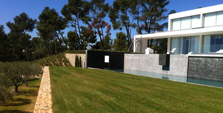 Jardin contemporain aix en provence architecte for Paysagiste architecte jardin