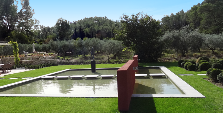 jardin contemporain aux inspirations asiatiques st r my de provence architecte paysagiste. Black Bedroom Furniture Sets. Home Design Ideas